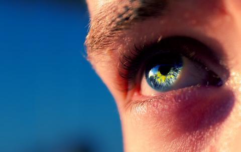 alkoholizm a kolor oczu